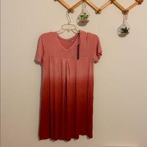 Dresses & Skirts - NWT Lock & Love Ombre dress